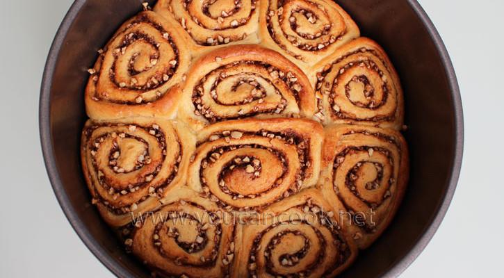 Zimtschnecken Rezept – Cinnamon Rolls einfac...